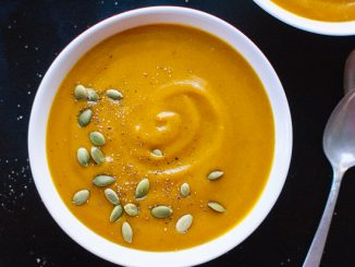 creamy-vegan-pumpkin-soup-recipe-2